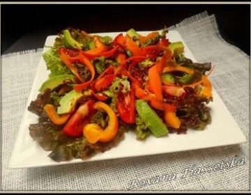 Salade tomates cuisine slave facile cuisiner rapide avocat citron - Salade verte composee ...