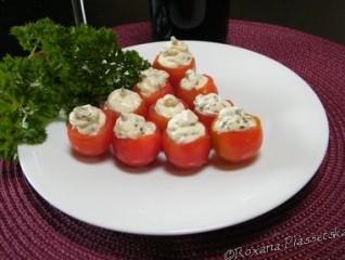 Tomates cerises aux fromage et basilic – Tomates cherry