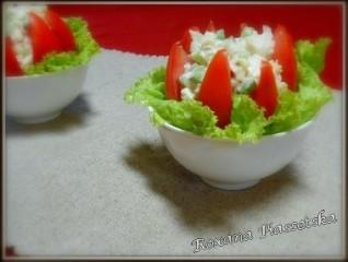 Salade blanc de poulet tomate – Салат з курки та помідорів