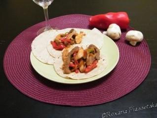 Tortillas de mais et viande – Tortillas de mais con  fajitas mixtas