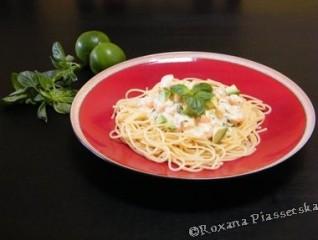Spaghetti sauce crevettes et avocat – Espagueti en salsa de camarones